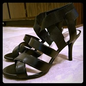 Nine West gladiator slip cage stiletto vamp heels
